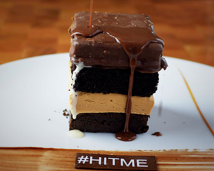 14-hit-me-chocolate-cake-1-1030x824